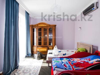 6-комнатный дом помесячно, 365 м², 2 сот., Кенесары Хана — Аскарова за 600 000 〒 в Алматы, Бостандыкский р-н — фото 18