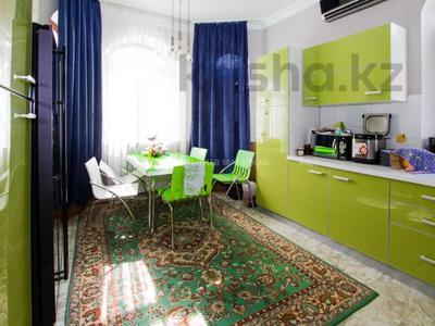 6-комнатный дом помесячно, 365 м², 2 сот., Кенесары Хана — Аскарова за 600 000 〒 в Алматы, Бостандыкский р-н — фото 13