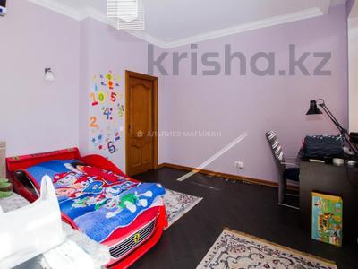 6-комнатный дом помесячно, 365 м², 2 сот., Кенесары Хана — Аскарова за 600 000 〒 в Алматы, Бостандыкский р-н — фото 20