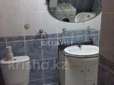 3-комнатная квартира, 64 м², 4/9 этаж, Бородина 107 — Тарана за 18 млн 〒 в Костанае — фото 5