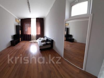 1-комнатная квартира, 43 м², 5/5 этаж, мкр Аксай-3А, Бауыржана Момышулы — Маргулана за 14 млн 〒 в Алматы, Ауэзовский р-н — фото 2