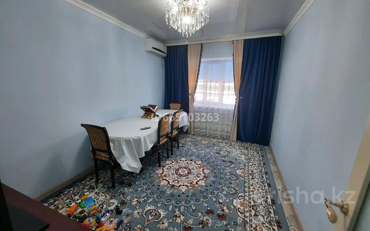 3-комнатная квартира, 72 м², 5/6 этаж, мкр Нурсая 64 за 20 млн 〒 в Атырау, мкр Нурсая