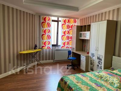 5-комнатная квартира, 188 м², 11 этаж помесячно, проспект Рахимжана Кошкарбаева 2 за 700 000 〒 в Нур-Султане (Астана), Алматы р-н — фото 17