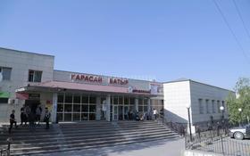 Здание, площадью 2803 м², проспект Абылай Хана 46 — Достык за ~ 500 млн 〒 в Каскелене
