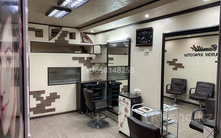 Магазин площадью 50 м², Жамбыла 6 — Сатпаева за 12 млн 〒 в Таразе