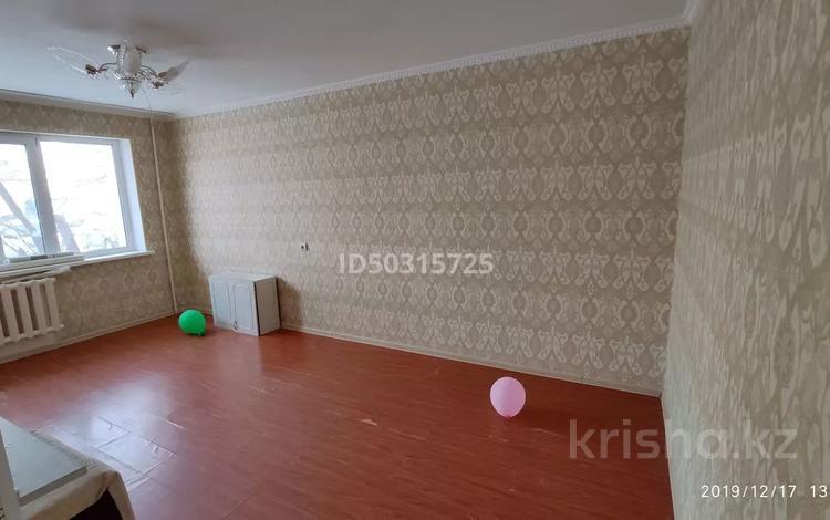 2-комнатная квартира, 42 м², 1/5 этаж, Петрова 2 за 15 млн 〒 в Нур-Султане (Астана), Алматы р-н