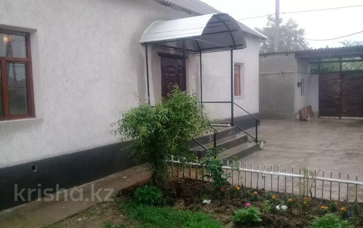 6-комнатный дом, 160 м², 5 сот., Мкр Сауле ул Ак мешит 14 за 12 млн 〒 в Шымкенте, Аль-Фарабийский р-н