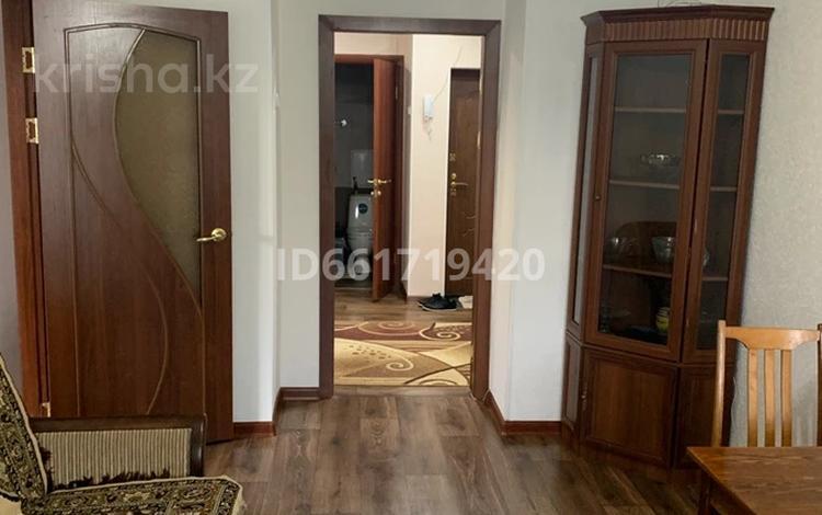 3-комнатная квартира, 50 м², 5/5 этаж, мкр Михайловка , Крылова 14 за 17.7 млн 〒 в Караганде, Казыбек би р-н