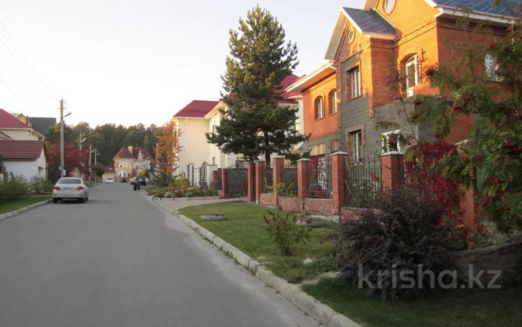 7-комнатный дом, 500 м², 8 сот., Видная 48 — улица Жуковского за 218.8 млн 〒 в Новосибирске