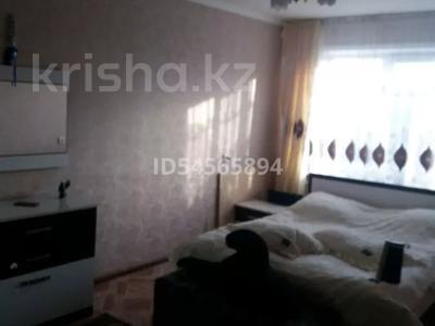 3-комнатная квартира, 70 м², 5/5 этаж, улица Менделеева 17 за 13.2 млн 〒 в Усть-Каменогорске — фото 4