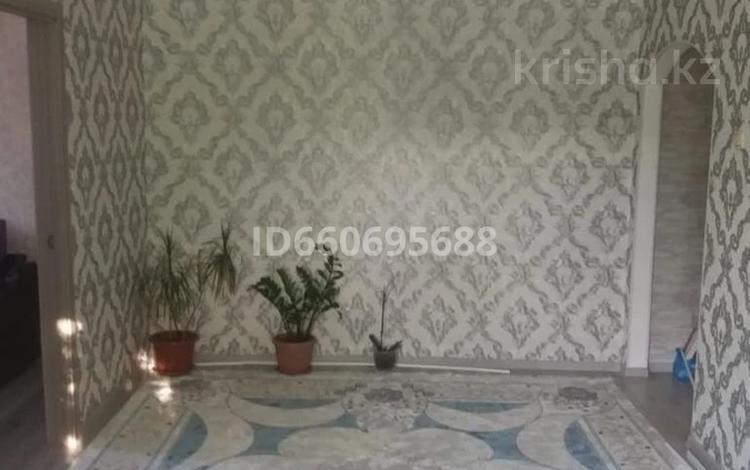 4-комнатная квартира, 64 м², 2/5 этаж, Ружейникова 10 — Гагарина за 14 млн 〒 в Уральске