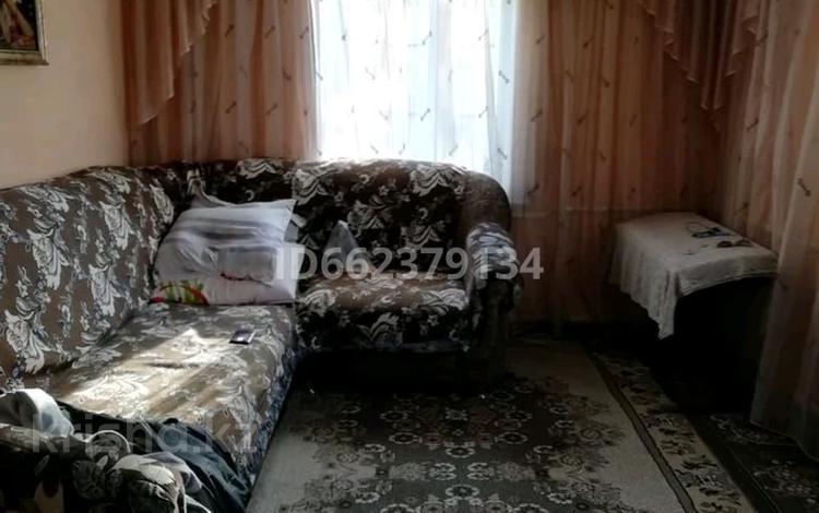 4-комнатный дом, 106 м², 13 сот., Переулок Сергея Ишина 16 за 14 млн 〒 в Таразе