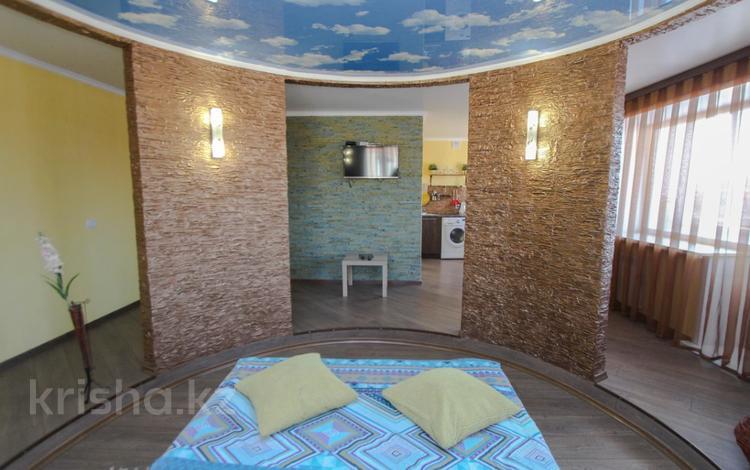 1-комнатная квартира, 35 м² посуточно, Интернациональная 35 — Мира за 3 000 〒 в Петропавловске