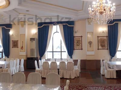 Здание, площадью 2245 м², Ашимова — Кунаева за 312 млн 〒 в Алматы, Наурызбайский р-н — фото 2