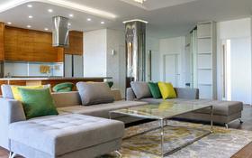 4-комнатная квартира, 250 м², 4/8 этаж помесячно, Желтоксан 1 за ~ 1.7 млн 〒 в Нур-Султане (Астана)