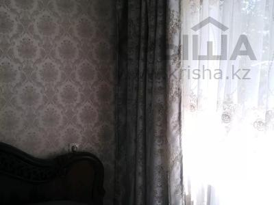 2-комнатная квартира, 44 м², 2/5 этаж, 19мкр 44 за 10.5 млн 〒 в Караганде, Октябрьский р-н