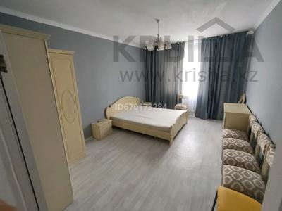 1-комнатная квартира, 50 м², 2/5 этаж на длительный срок, 6мкр 25 за 110 000 〒 в Талдыкоргане