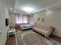 1-комнатная квартира, 66 м², 4/9 этаж посуточно, проспект Каныш Сатпаев 60 за 13 000 〒 в Атырау