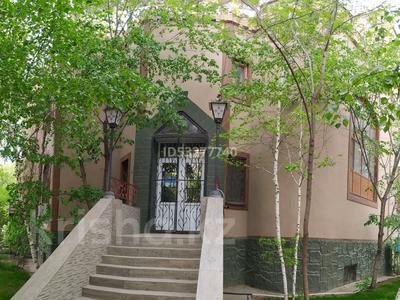 Здание, площадью 490 м², улица Братьев Жубановых 286/1 за 105 млн 〒 в Актобе, мкр 8