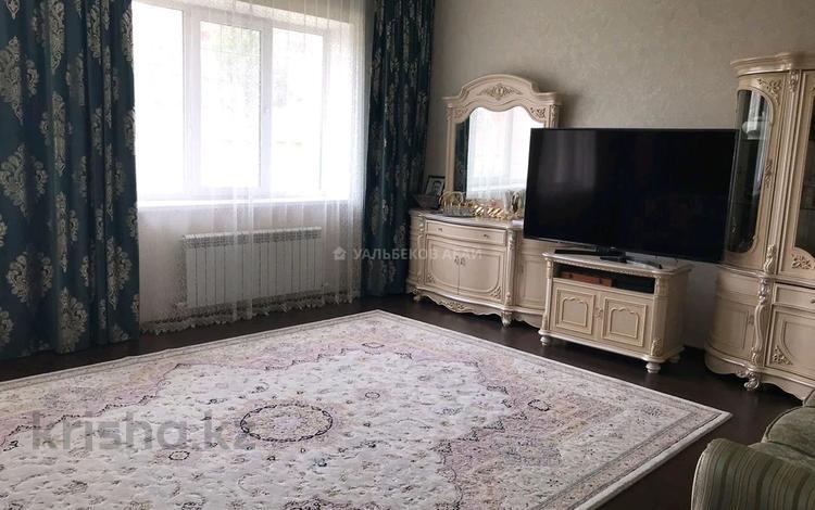 6-комнатный дом, 260 м², 10 сот., улица Танкурай за 180 млн 〒 в Нур-Султане (Астана)