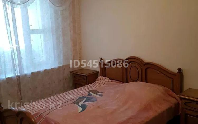 3-комнатная квартира, 70 м², 4/5 этаж помесячно, 13-й мкр 15 за 110 000 〒 в Актау, 13-й мкр