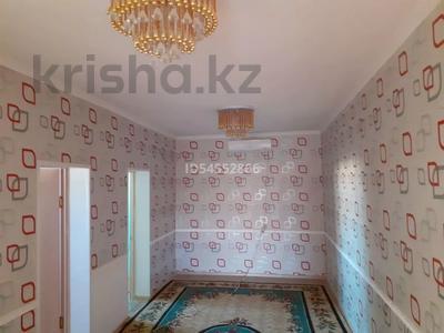 4-комнатный дом помесячно, 120 м², Арай2 12коше 33 за 50 000 〒 в Жанаозен — фото 3