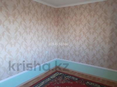 4-комнатный дом помесячно, 120 м², Арай2 12коше 33 за 50 000 〒 в Жанаозен — фото 6