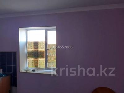 4-комнатный дом помесячно, 120 м², Арай2 12коше 33 за 50 000 〒 в Жанаозен — фото 7