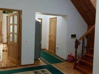 5-комнатный дом помесячно, 160 м², 10 сот.