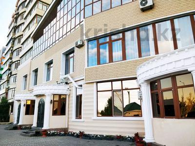 Здание, площадью 2400 м², Богенбай Батыр 38 Б за ~ 487.8 млн 〒 в Актобе, мкр 12 — фото 11