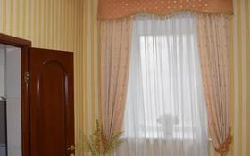 10-комнатный дом поквартально, 900 м², 15 сот., Ак булак за 2 млн 〒 в Алматы