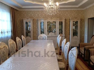 6-комнатный дом, 300 м², 16 сот., Мкр. Самал2 22 за 65 млн 〒 в Шымкенте