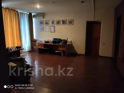 Здание, площадью 2570.7 м², Суюнбая 89 за 280 млн 〒 в Алматы, Жетысуский р-н — фото 23