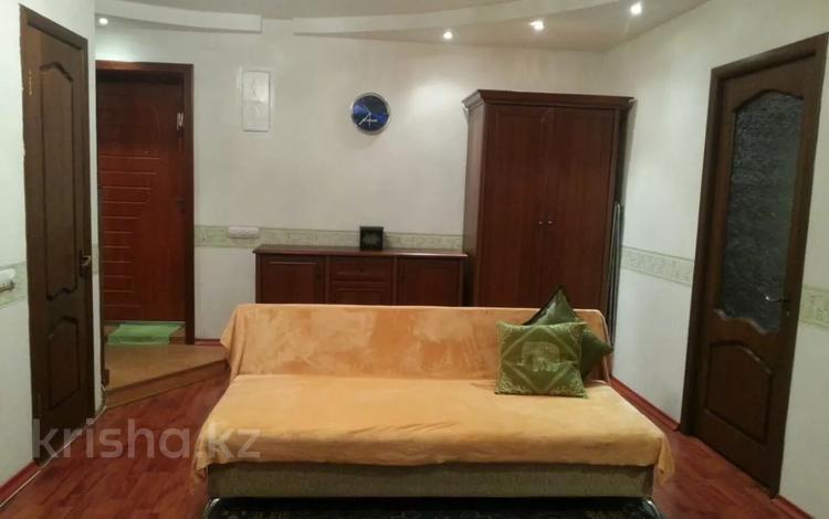 2-комнатная квартира, 45 м², 2/5 этаж помесячно, Бейбитшилик 24 — Жангельдина за 125 000 〒 в Нур-Султане (Астана), Сарыарка р-н