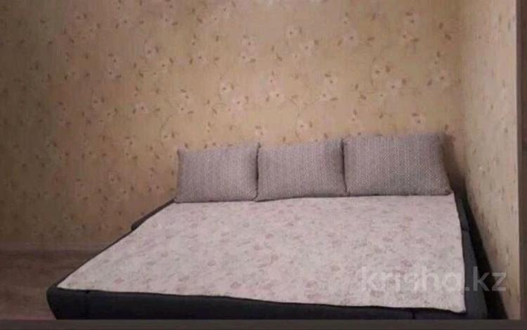 1-комнатная квартира, 36 м², 3/5 этаж помесячно, 27-й мкр, 27-й мик 75 дом за 65 000 〒 в Актау, 27-й мкр