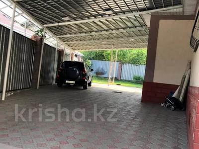 5-комнатный дом, 232 м², 7.7 сот., мкр Баганашыл, Совхозная за ~ 64.2 млн 〒 в Алматы, Бостандыкский р-н — фото 12