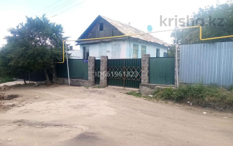 3-комнатный дом, 58 м², 8 сот., мкр Акжар 127 — Тарасова за 19 млн 〒 в Алматы, Наурызбайский р-н