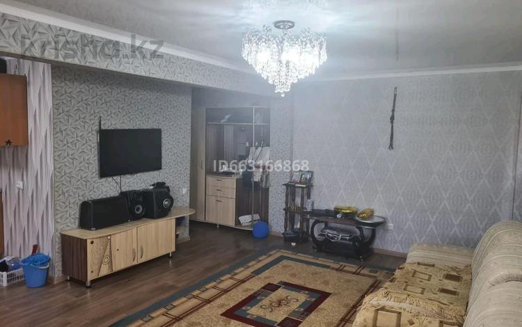 2-комнатная квартира, 48 м², 4/4 этаж, улица Молдагуловой 1 за 8 млн 〒 в Балхаше