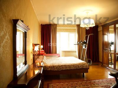 5-комнатная квартира, 220 м², 12/18 этаж, Курмангазы 145 — Муканова за 90 млн 〒 в Алматы, Алмалинский р-н