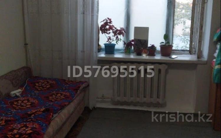 1-комнатная квартира, 13 м², 3/5 этаж, Сембинова 24 за 3.6 млн 〒 в Нур-Султане (Астана), Сарыарка р-н