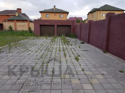 7-комнатный дом, 350 м², 10 сот., Мкр Оазис за 58 млн 〒 в Караганде, Казыбек би р-н — фото 5