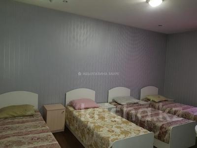 7-комнатный дом, 350 м², 10 сот., Мкр Оазис за 58 млн 〒 в Караганде, Казыбек би р-н — фото 13
