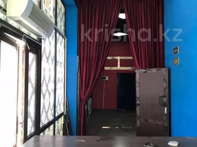 Здание, площадью 196 м², М. Карасу — Напротив 7 мкр за 33 млн 〒 в Таразе — фото 6