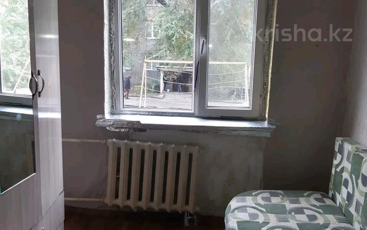 1-комнатная квартира, 14 м², 3/5 этаж, Абая 33 — Утеген Батыра за 7 млн 〒 в Алматы, Ауэзовский р-н