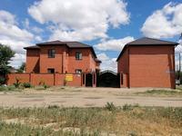 7-комнатный дом, 300 м², 4 сот., мкр 8, Почтовая 20 — Алабяна за ~ 66 млн 〒 в Актобе, мкр 8