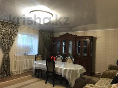 6-комнатный дом, 121 м², 4 сот., Балхашская за 14.5 млн 〒 в Караганде, Казыбек би р-н