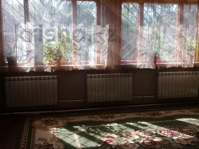 Дача с участком в 9 сот., Абрикосовая 11 — 5 линия. за 12 млн 〒 в Есик — фото 3