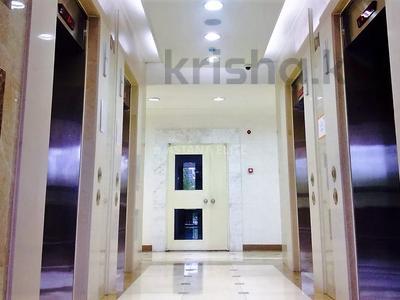5-комнатная квартира, 213 м², 8/31 этаж на длительный срок, Ахмета Байтурсынова 9 — Блок-F за 1 млн 〒 в Нур-Султане (Астане), Алматы р-н