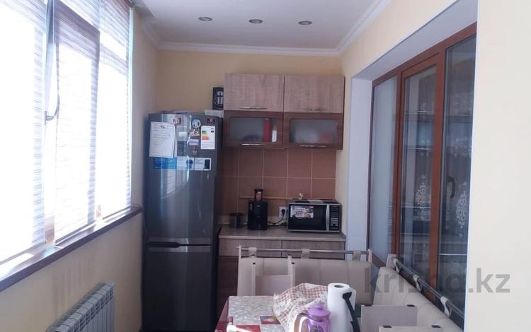 2-комнатная квартира, 54 м², 3/5 этаж, Байзак батыра 217 за 13.8 млн 〒 в Таразе