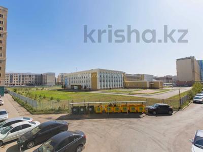 2-комнатная квартира, 57.7 м², 4/18 этаж, Керей и Жанибек хандар 22 за 27.5 млн 〒 в Нур-Султане (Астана), Есиль р-н — фото 21